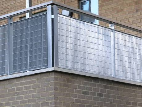 This is a galvanized bar grating balcony fence of leisure residential buildings.