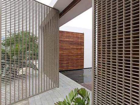 Garden Steel Gratings Make Your Garden Beautiful And Fantastic