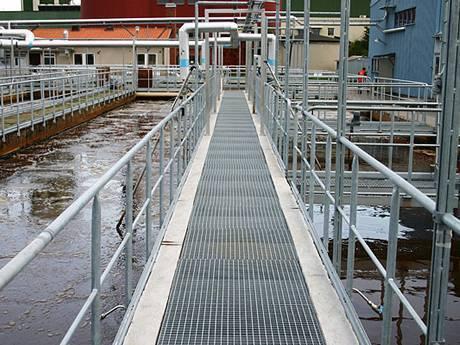 Steel Grating Platform And Walkway In Sewage Treatment Plant